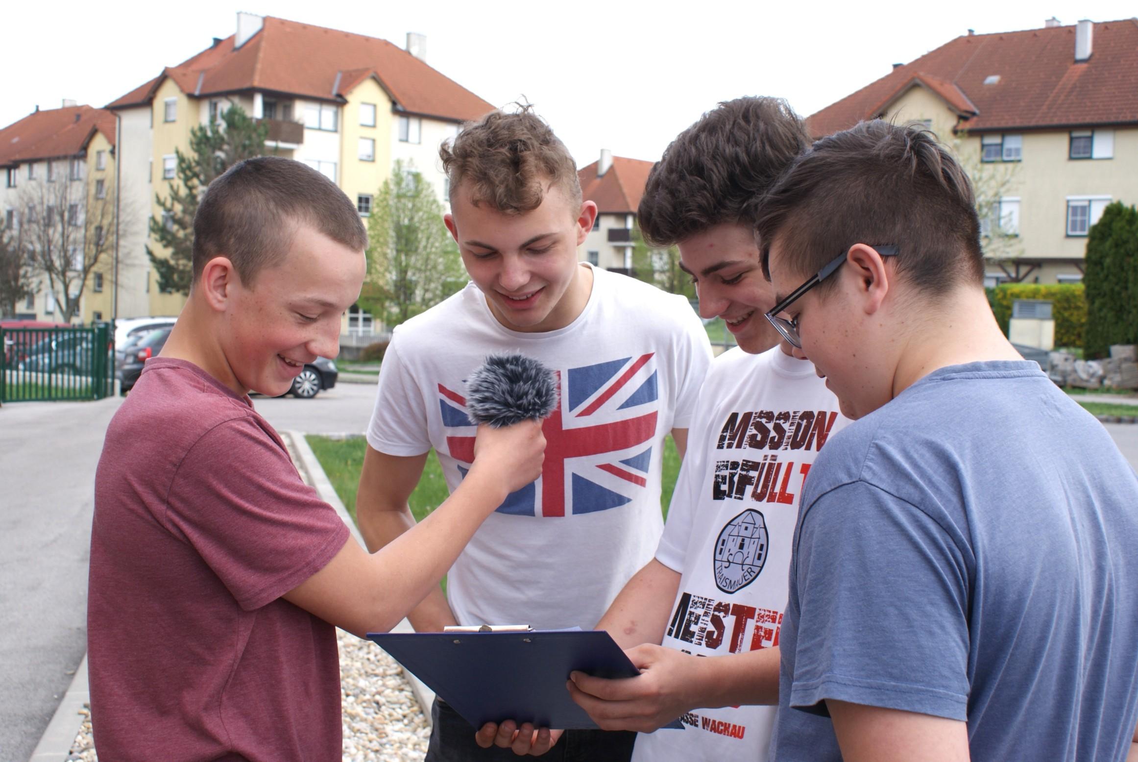 kreAKTIV - Kultur in der Lehre NÖ - LBS Wr. Neustadt 4.Lg 2014